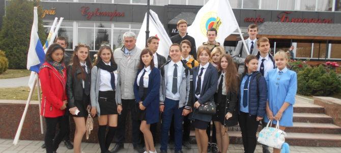 Студенты ГАПОУ ВТЖТиК приняли участие в открытии памятного знака железнодорожникам на Мамаевом Кургане