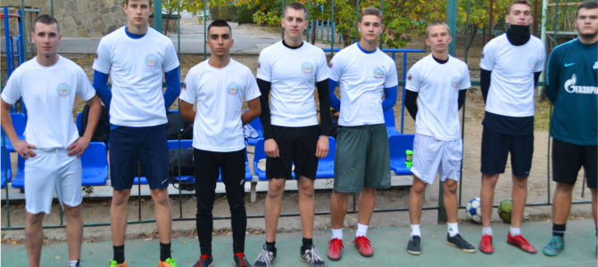 Команда ГАПОУ ВТЖТиК вышла в финал по мини-футболу!