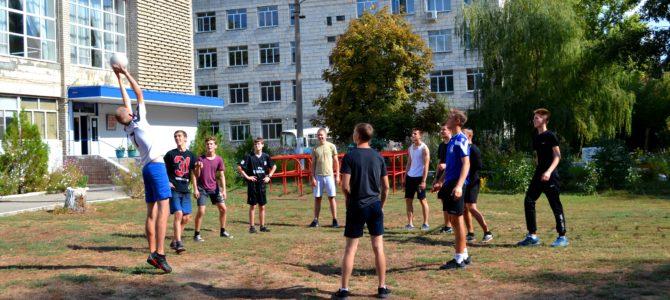Студенты ГАПОУ «ВТЖТиК» выбирают спорт и здоровый образ жизни!